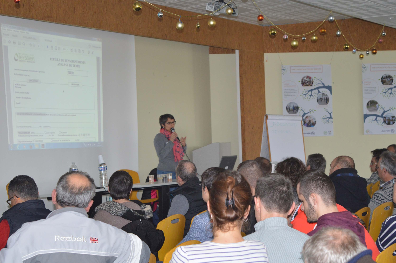 conférence sur l'analyse de sol par le Laboratoire Teyssier